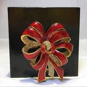 Joan Rivers Jewelry - ❤️JOAN RIVERS Signed Red Pave Crystal Brooch Pin